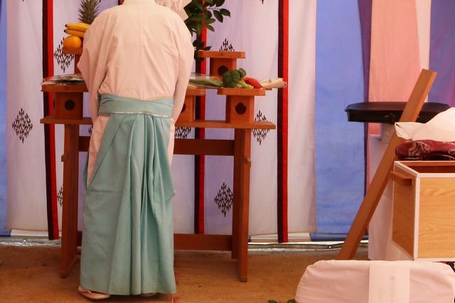 家づくりコラム|地鎮祭の豆知識。神道・仏教以外で地鎮祭はするの?|エヴァーホーム